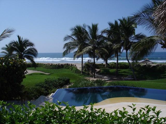 Las Palmas Resort Zihuatanejo Villas Of Mexico